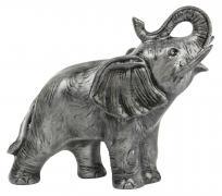 stehender Elefant