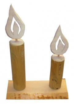 Kerzen auf Platte