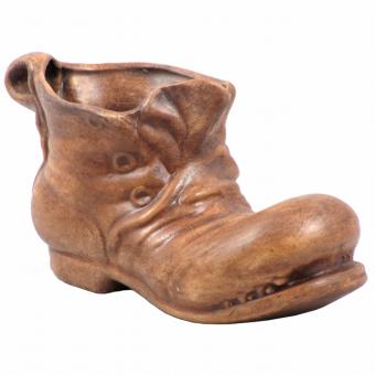 Schuh aus Ton
